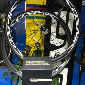RUEDAS MAVIC COSMIC ELITE disco tubeless
